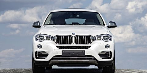The new X6 was developed at the same time as its X5 brother, and now the two share a same face.