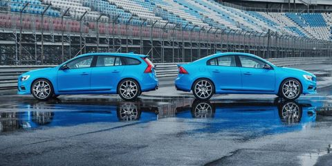 Both the V60 and S60 use a turbocharged I6 making 345 hp.