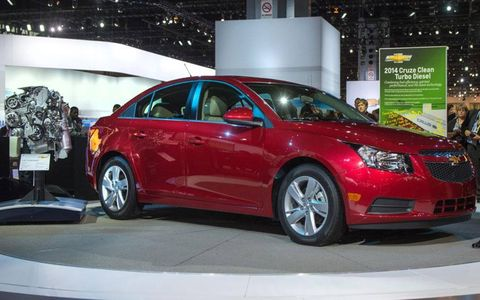The 2014 Chevrolet Cruze with a turbodiesel made its debut at the Chicago Auto Show.