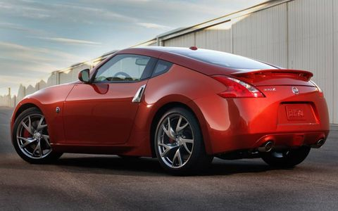 Nissan has new shades of red and blue for the 2013 370Z.