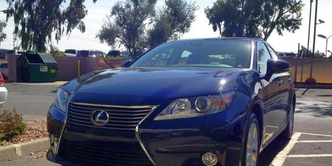 We arrived in Arizona to our 2013 Lexus ES300h tester in gorgeous dark blue.