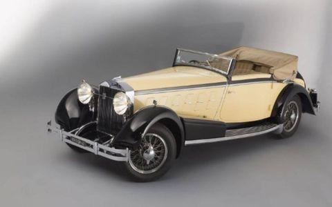 This wonderful cabrio brought €1,287,200 ($1,762,176).