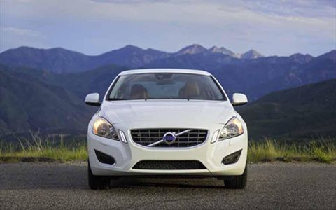 The 2013 Volvo S60 T5 AWD doesn't seem to lack much power in comparison to the T6.