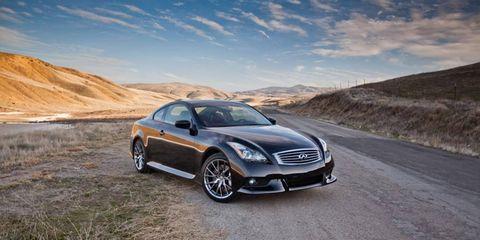 Tire, Wheel, Automotive design, Alloy wheel, Vehicle, Rim, Road, Land vehicle, Car, Spoke,