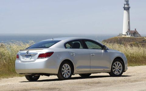 The 2013 Buick LaCrosse Touring comes with 19-inch machined alloy wheels.