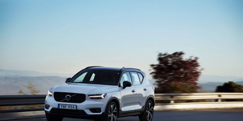 The 2018 Volvo XC40 T5 comes with a 248-hp 2.0-liter turbocharged I4 and an eight-speed automatic.