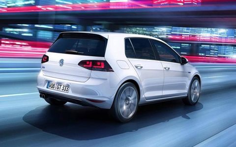 As for the internal battery pack, it comes with a near 100,000-mile (160,000 km) warranty.