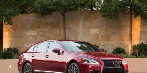 The 2013 Lexus LS 460 AWD F Sport has a 4.6-liter V8 and an eight-speed automatic transmission.