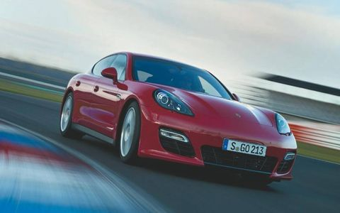 The 2013 Porsche Panamera GTS has the option to upgrade to 20-inch Panamera sport wheels in all black.