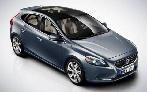 Volvo's V40 appeared on a Polish Facebook page ahead of the Geneva Motor Show.