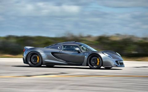 Venom supercar hits 270.49 mph at Kennedy Space Center.