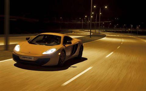 Tire, Wheel, Mode of transport, Automotive design, Road, Vehicle, Automotive lighting, Land vehicle, Headlamp, Automotive parking light,