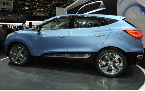 When the ix-onic makes it to production, the CUV is likely to carry the iX35 moniker and be built along side the Kia Sportage
