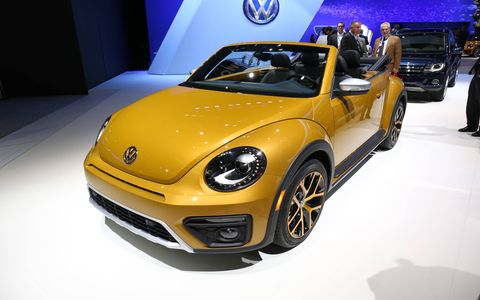 The 2016 Beetle Dune models will be offered in coupe and convertible form, with the coupe going on sale first in early 2016.