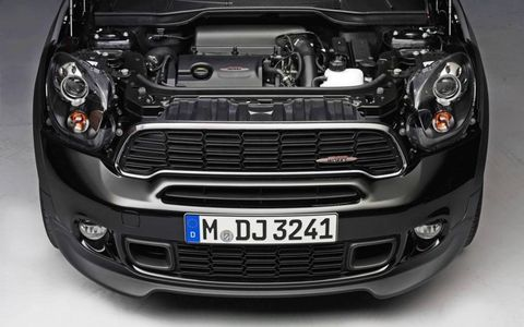 The engine of the Mini Countryman John Cooper Works edition.