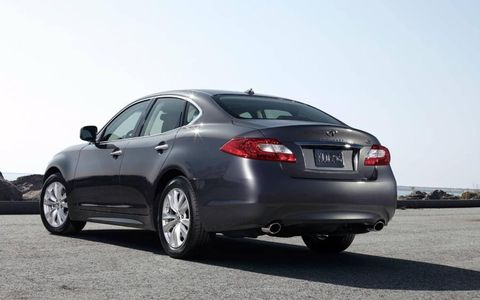 Fuel economy numbers for the 4,240-pound 2013 Infiniti M56x are 16 mpg in the city and 23 mpg on the highway.
