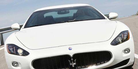 Motor vehicle, Mode of transport, Automotive design, Daytime, Vehicle, Land vehicle, Hood, Car, Grille, Performance car,