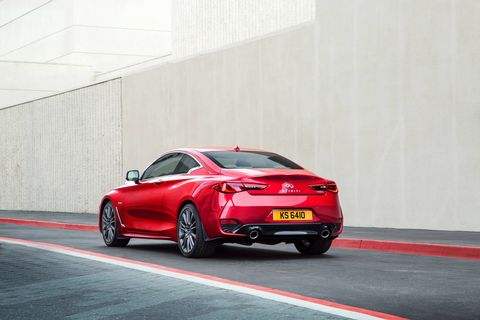The 2018 Infiniti Q60 Red Sport delivers 400 hp and 350 lb-ft of torque from its twin-turbocharged V6.
