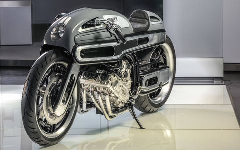 Krugger looked to Art Deco streamliners like the pre-War BMW R7 for inspiration.