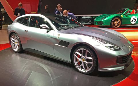 The 2017 Ferrari GTC4Lusso T debuts at the Paris motor show with a turbo V8 and rear-wheel drive.
