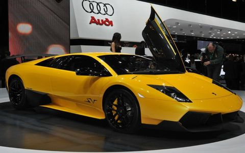 Just what the doctor ordered: A lighter, faster Lamborghini Murciélago-- the LP 670-4 SuperVeloce. That 670 as in 670 hp.