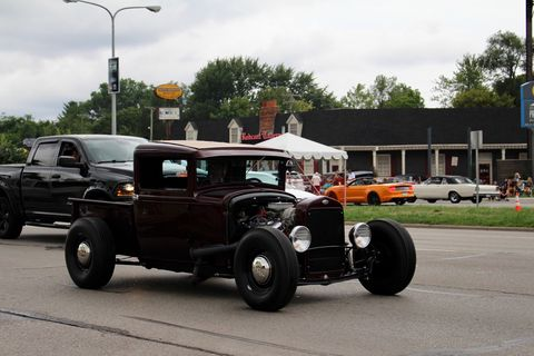This 1930-31 Ford Pickup hotrod was one of the handful of traditional hot rods seen running up and down Woodward.