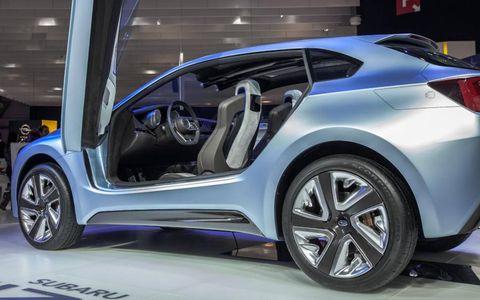 Wheel, Automotive design, Mode of transport, Vehicle, Concept car, Car, Vehicle door, Auto show, Fender, Exhibition,