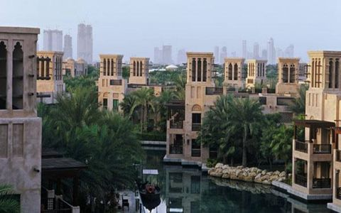 Perhaps just as magnificent as the cars we drove in Dubai was the city itself.  With tradition and technology woven into its existance, Dubai can't truly be experienced without seeing it - preferably in person.