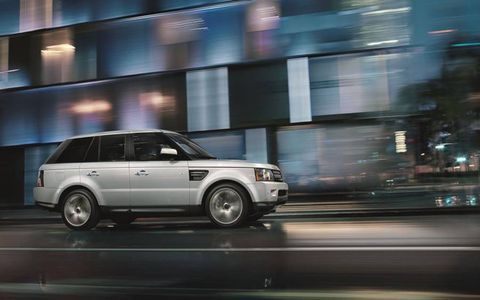 The 2013 Range Rover Sport Supercharged has curb appeal, and with additional exterior options, its stands out among the crowd.