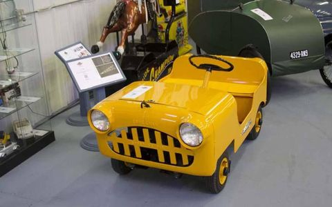 The 1956 Esshelman Deluxe Adult Sport Car. That Eshelman actually had to clarify that its car was for adults is telling