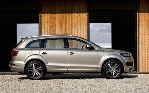 The 2011 Audi Q7 3.0T S line