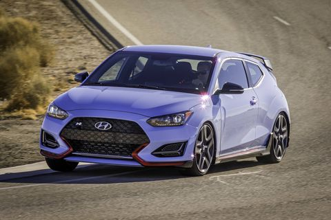 The 2019 Hyundai Veloster N comes with a turbocharged I4 making 250 hp and 260 lb-ft of torque. The Performance Pack adds 25 ponies for a total of 275 hp.