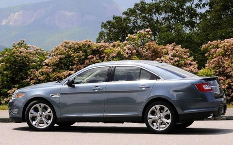 Driver's Log Gallery: 2010 Ford Taurus SHO