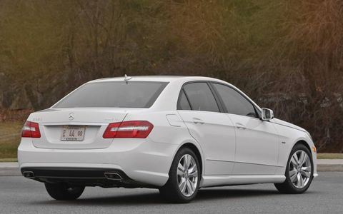 The 2013 Mercedes-Benz E350 Bluetec has a well-insulated cabin to reduce any diesel-clatter noises.