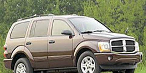 Tire, Wheel, Motor vehicle, Mode of transport, Automotive tire, Vehicle, Transport, Land vehicle, Rim, Infrastructure,