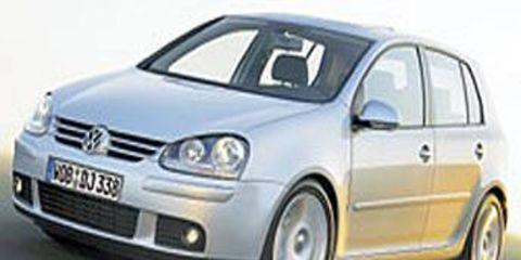 Motor vehicle, Automotive mirror, Mode of transport, Automotive design, Transport, Vehicle, Land vehicle, Car, Vehicle registration plate, Rim,