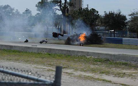 Smoke, Pollution, Automotive tire, Fire, Flame, Tar, Guard rail, Explosion, Kit car, Auto racing,