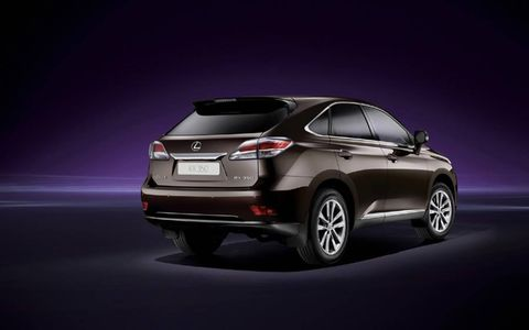 The driver functions of the 2013 Lexus RX350 F Sport include blind-spot monitoring and intuitive park assist as added options.
