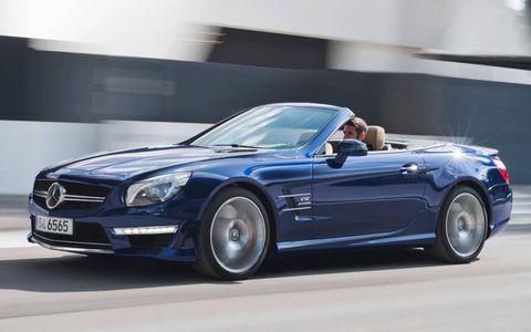 Tire, Wheel, Automotive design, Vehicle, Mercedes-benz, Car, Performance car, Hood, Headlamp, Fender,