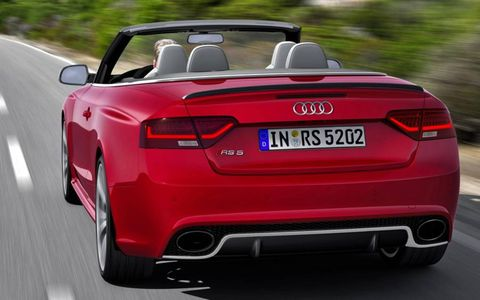 EPA estimates say the RS 5 Cabriolet achieves 16 mpg in the city, 22 mpg on the highway and 18 mpg combined.