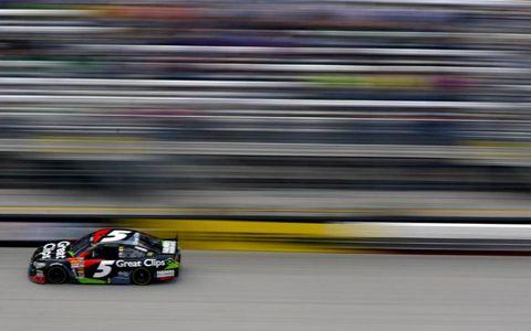 Kasey Kahne races toward a victory at Bristol last weekend.