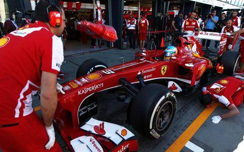 Fernado Alonso, Ferrari F138, in the pitsPhoto by: LAT Photographic