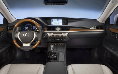 The 2013 Lexus ES 300h has an optional navigation system upgrade that includes a backup camera on an 8-inch VGA screen.