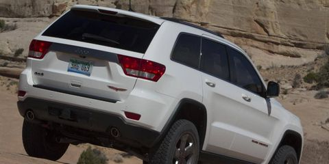 For those looking for a fuel-efficient 2013 Jeep Grand Cherokee Trailhawk, the package is available with a V6 engine. All the same great looks and feel, with the added fuel savings.
