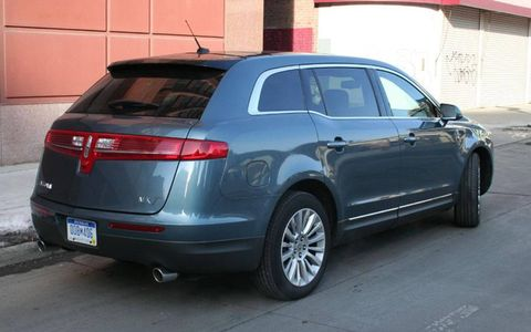 Driver's Log Gallery: 2010 Lincoln MKT