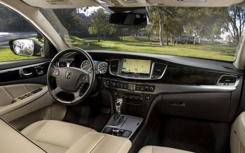 The 2014 Hyundai Equus makes its debut at the 2013 New York auto show.