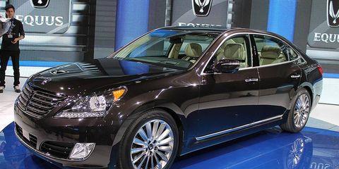 The 2014 Hyundai Equus at the New York auto show.