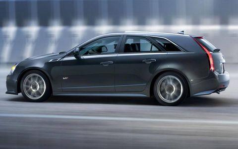 Tire, Wheel, Automotive design, Vehicle, Automotive tire, Rim, Car, Alloy wheel, Full-size car, Luxury vehicle,