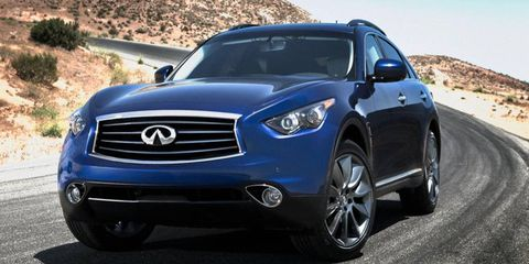 A front view of the 2012 Infiniti FX35.