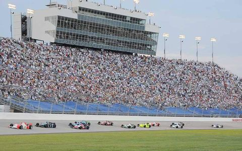 The start of the Firestone Indy 200 at Nashville